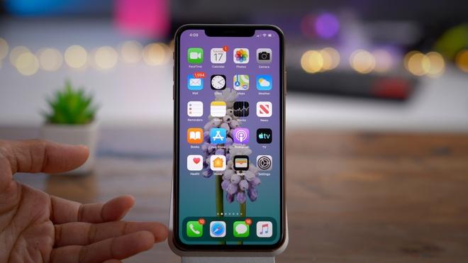 iPhone nhan ban iOS va loi thu 3 trong mot thang hinh anh 1