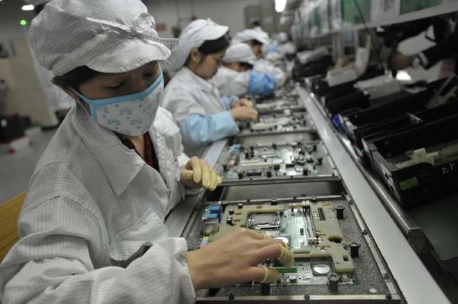 Apple, Microsoft mac ket vi 'made in China' hinh anh 3 CNBC_1.jpeg