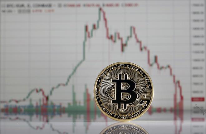 ly-do-bitcoin-va-hang-loat-dong-tien-ma-hoa-sap-gia
