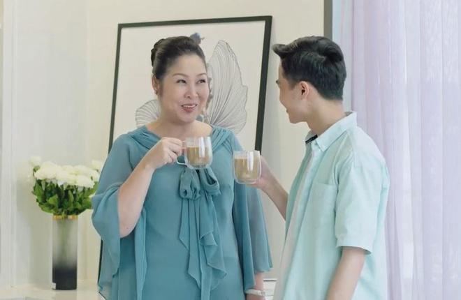 Video - Nghe si Hong Van deo dai o tuoi ngoai 50 nho bi quyet nay hinh anh