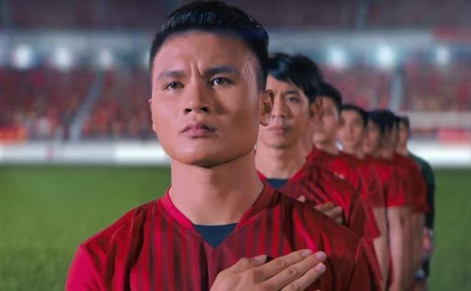 Video: Quang Hai nuoi mong 'san vang' tai SEA Games 2019 hinh anh
