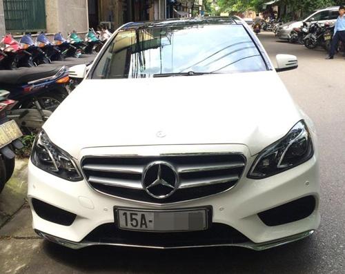Lai xe Mercedes mang theo sung co bieu hien 'phe' ma tuy hinh anh