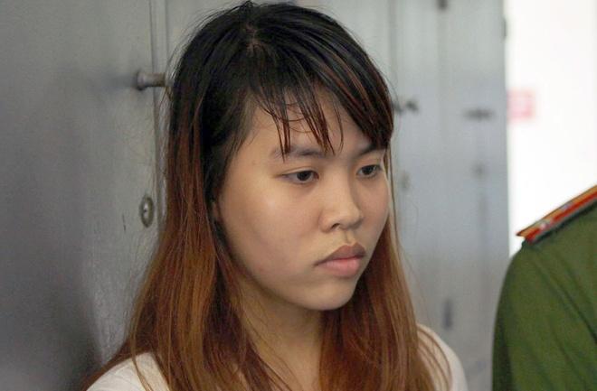 Bi ngan hut shisha, thieu nu dam chet ban trai cua me hinh anh 1 Nguyễn Thanh Thủy tại cơ quan công an. Ảnh: Việt Đức.