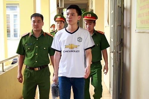 De nghi cho bac si Hoang Cong Luong duoc tai ngoai hinh anh 1