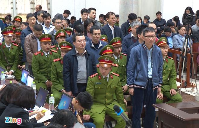 Dinh La Thang khang cao anh 1