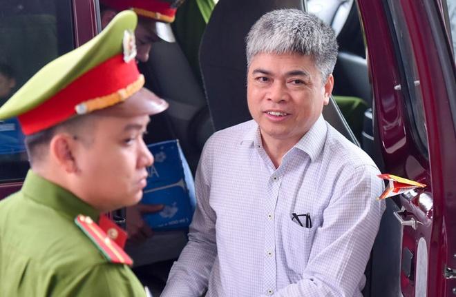 Nguyen Xuan Son muon dung tien va nha de boi thuong mong thoat an tu hinh anh