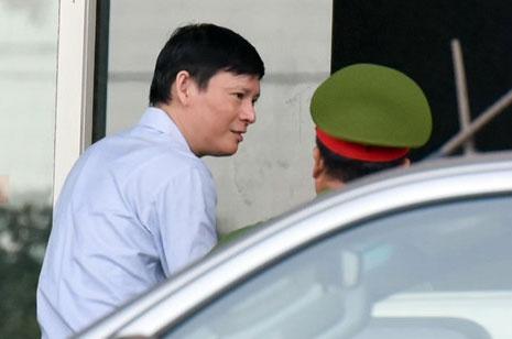 Nguyen pho tong giam doc PVC: 'Hanh vi cua ban than rat nghiem trong' hinh anh