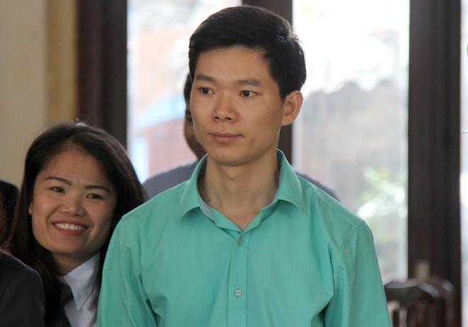Bo Y te mong toa tuyen bac si Hoang Cong Luong vo toi hinh anh