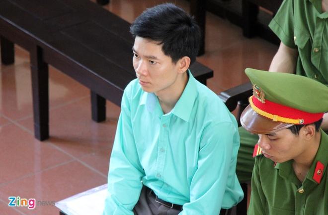 VKS de nghi tra ho so nhung giu nguyen quan diem truy to bac si Luong hinh anh
