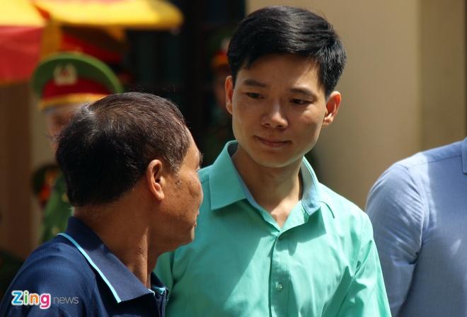 Vi sao toa tra ho so dieu tra bo sung vu Hoang Cong Luong? hinh anh