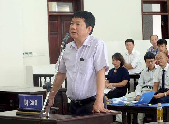Ong Dinh La Thang de nghi duoc tuyen vo toi hinh anh