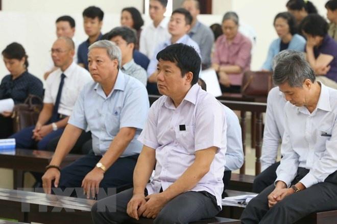 Bi cao Dinh La Thang: 'Toi khong co toi' hinh anh 2