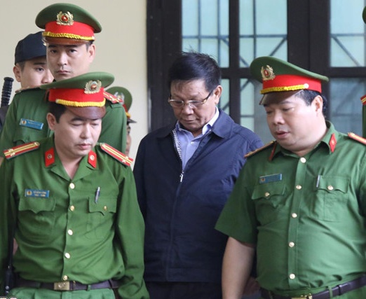 Vien kiem sat cong bo cao buoc ong Phan Van Vinh hinh anh