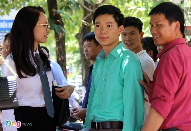Hoang Cong Luong nhap vien truoc phien xu 7 bi cao vu chay than hinh anh 1