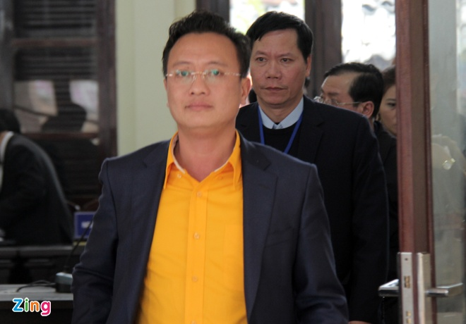 Hoang Cong Luong va 6 bi cao vu chay than linh muc an nao? hinh anh 2