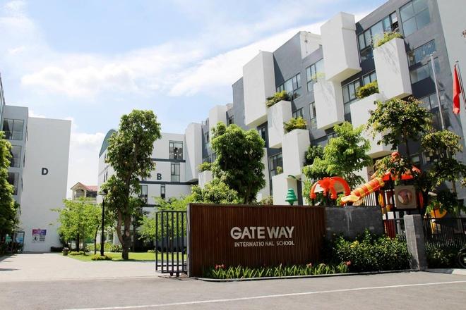 Vu be lop 1 truong Gateway: Khong kiem tra xe, khong bao gia dinh hinh anh 1