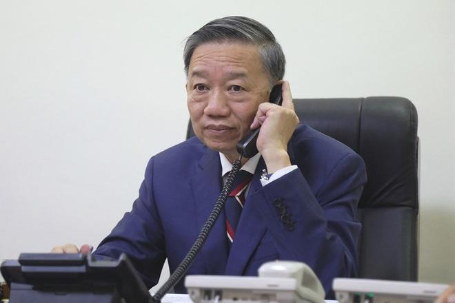 Bo Cong an san sang qua Anh xac minh 39 nguoi chet trong container hinh anh 1