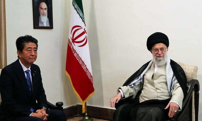 Ong Abe vua den Tehran hoa giai, My - Iran da leo thang cang thang hinh anh 1