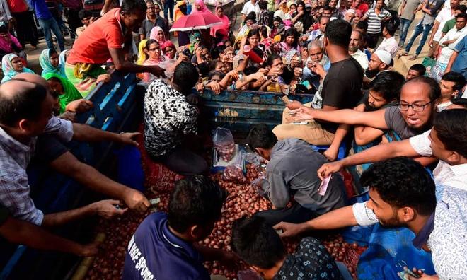 Bangladesh dung ca may bay de san hanh hinh anh 1
