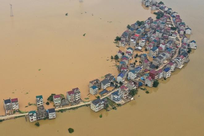 Lũ Lụt Trung Quốc Lũ Lụt Tồi Tệ Nhất 30 Năm ở Trung Quốc Binh Sĩ Tức Tốc Xay đe Chắn Lũ Thế Giới