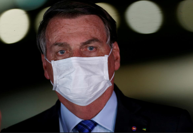 nguoi Brazil khong do loi cho Bolsonaro ve dich Covid-19 anh 1