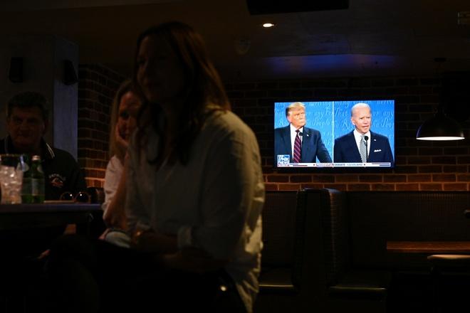 Trump - Biden buoc vao buoi 'so gang' dau tien anh 15