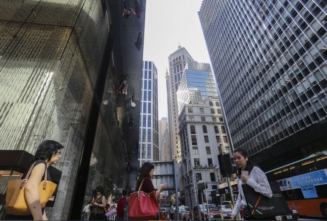 Nha dau tu vut coc 1,5 trieu USD vi dia oc Hong Kong khung hoang hinh anh 2 hongkongrealestate_3.jpg