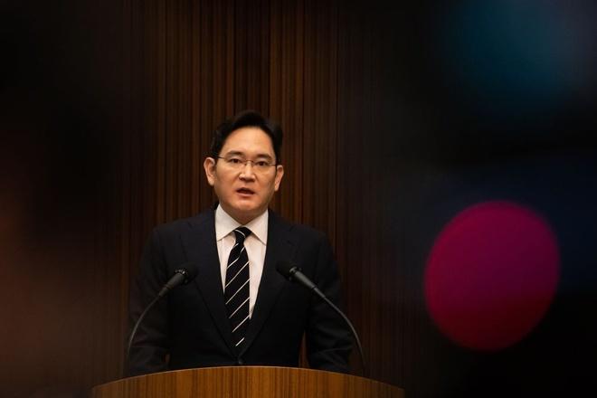 Thai tu Samsung tham Viet Nam anh 1