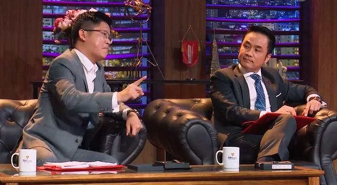 Cac Shark tranh gianh thuong vu 5 ty cua startup dong ho Viet hinh anh