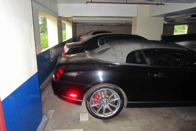 Bentley dac biet xuat hien trong ham xe trieu do o Sai Gon hinh anh 4