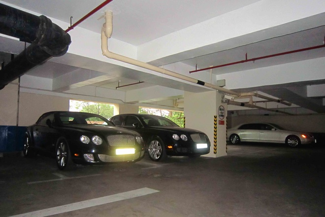 Bentley dac biet xuat hien trong ham xe trieu do o Sai Gon hinh anh 5