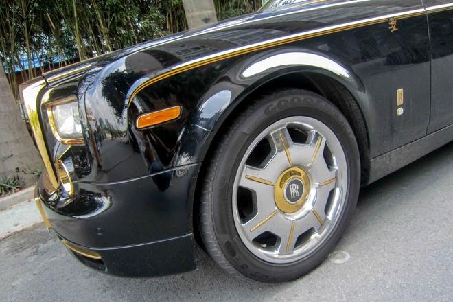 Can canh Rolls-Royce ma vang bien Quang Ninh tai Sai Gon hinh anh