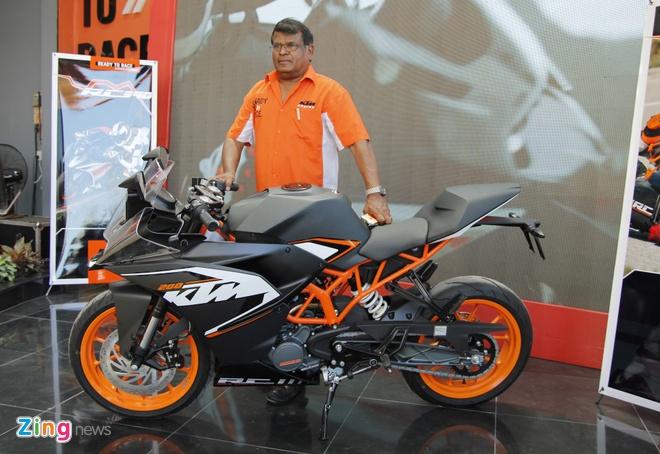 Bo doi sportbike KTM RC200 va RC390 ra mat tai Viet Nam hinh anh 1