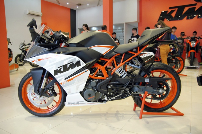 Bo doi sportbike KTM RC200 va RC390 ra mat tai Viet Nam hinh anh