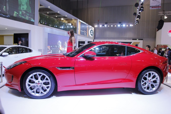 Bo ba xe sang Jaguar xuat hien tai VMS 2014 hinh anh