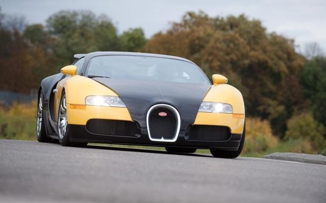 Kinh nghiem dat gia khi mua sieu xe Bugatti Veyron cu hinh anh