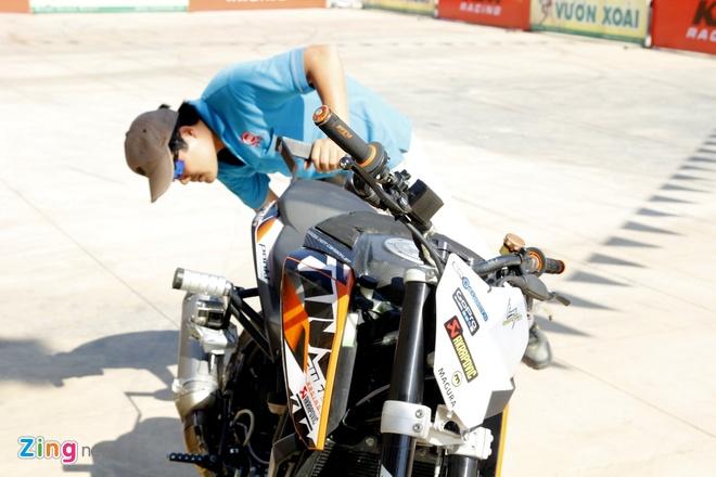 KTM Duke 200 do dac biet de bieu dien mao hiem hinh anh 12