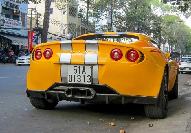 Xe the thao hang doc Lotus Elise S2 bien cap o Sai Gon hinh anh 3