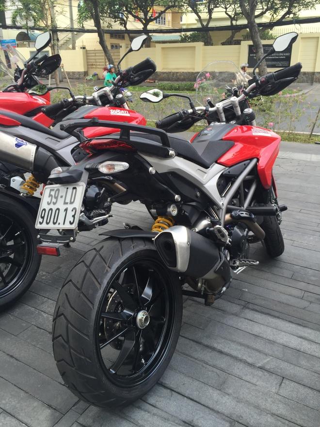 Johnny Tri Nguyen tham gia phuot xuyen Viet bang xe Ducati hinh anh 6