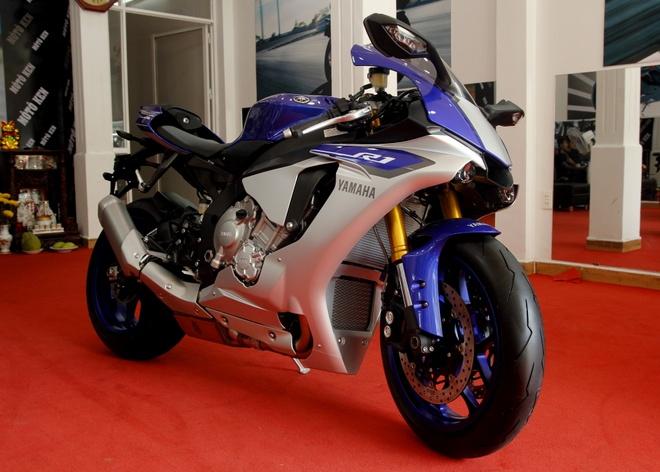 Anh sieu moto Yamaha R1 2015 dau tien tai Viet Nam hinh anh