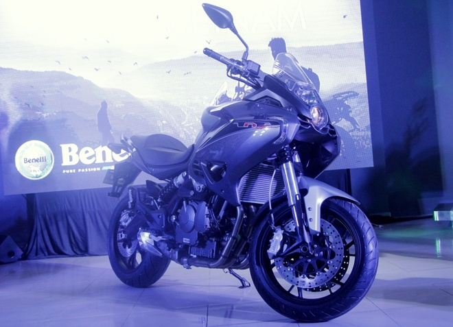 Chi tiet Benelli TNT600GT gia 235 trieu tai Viet Nam hinh anh