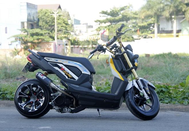 Honda Zoomer X do banh beo phong cach Thai o Sai Gon hinh anh