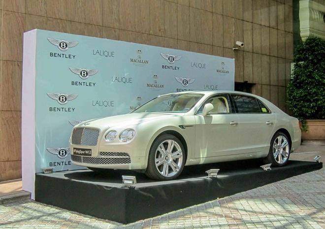 Bentley 13 ty vao Sai Gon tim khach hinh anh 1