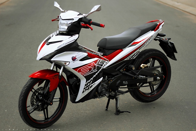 Exciter 150 do decal bat mat o Sai Gon hinh anh