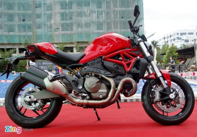 Ducati Monster 821 ra mat o Viet Nam gia tu 400 trieu dong hinh anh 1