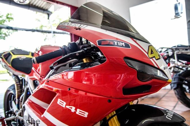 Ducati 848 Evo do po titan hang doc o Sai Gon hinh anh