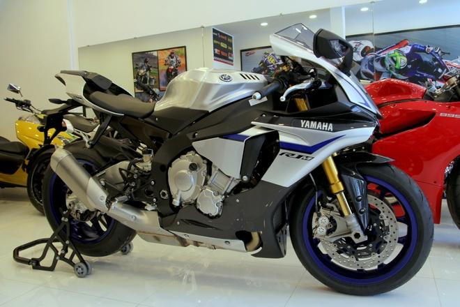 Chi tiet Yamaha R1M dac biet gia gan 900 trieu tai Viet Nam hinh anh