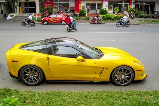 Xe the thao Chevrolet Corvette do doc dao tai Sai Gon hinh anh
