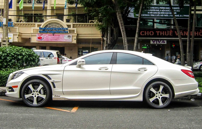 Mercedes CLS do Lorinser hang doc o Sai Gon hinh anh