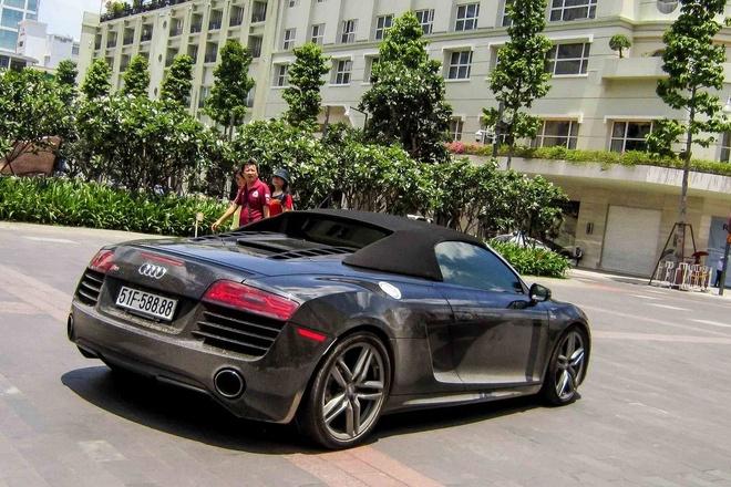 Sieu xe Audi R8 V10 mui tran bien dep xuat hien o Sai Gon hinh anh